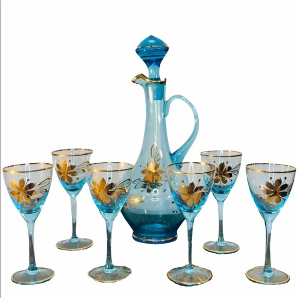 Other - Romania 8-Piece Blown 22k Gold Glass Decanter Set